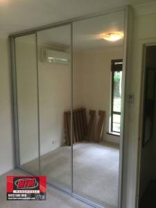 wardrobe Complete 3 silver mirrors in Mat Natural Frame.