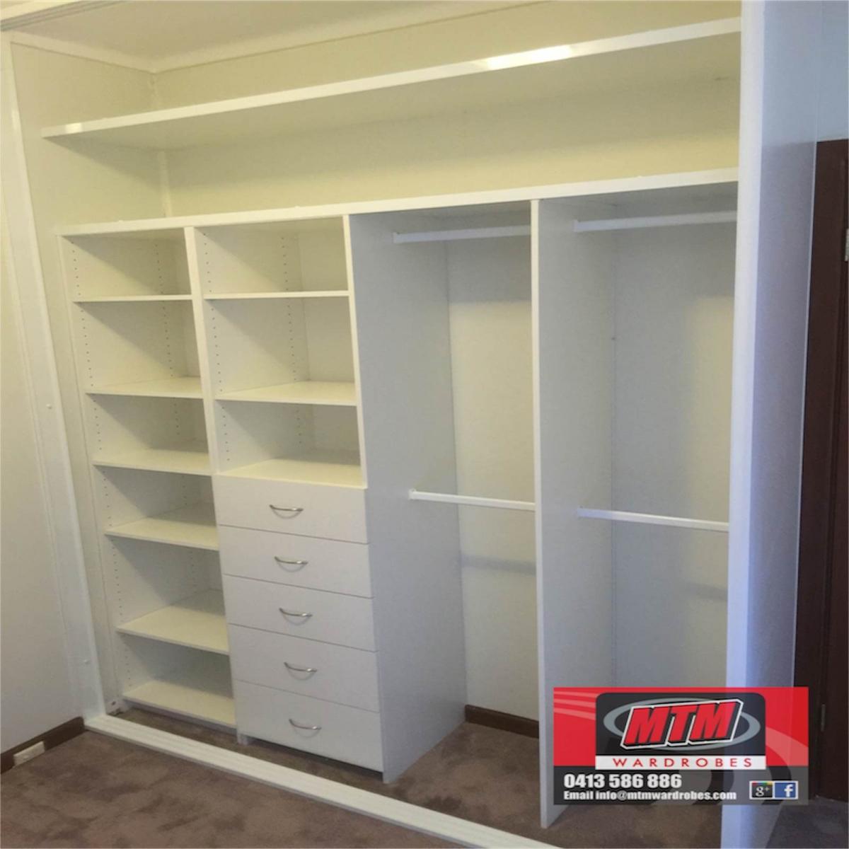 Genial Wardrobe Storage