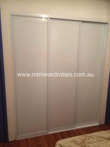 Low Iron White Glass in Gloss white frame